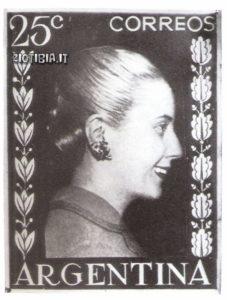 Uno dei francobolli con il profilo di Eva Duarte Per6n emessi dalle poste argentine tra il 1950 e il 1955. Il mito di Evita è ancora vivo presso il popolo argentino.